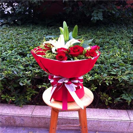 鲜花公司-简爱