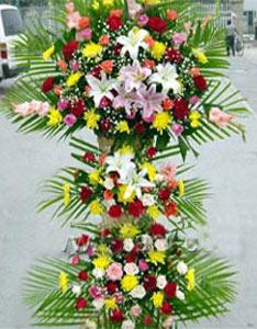 重阳节礼物                                                                                          鲜花网:庆典花篮