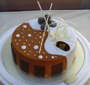 中秋节礼物                                                                                          鲜花网:个性蛋糕