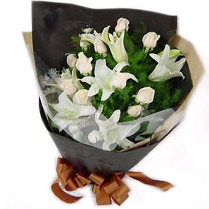 劳动节礼物                                                                                          鲜花网:钟爱一生