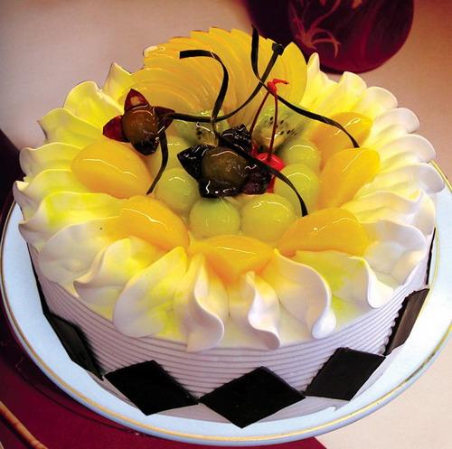 蔚山水果蛋糕-真情相伴