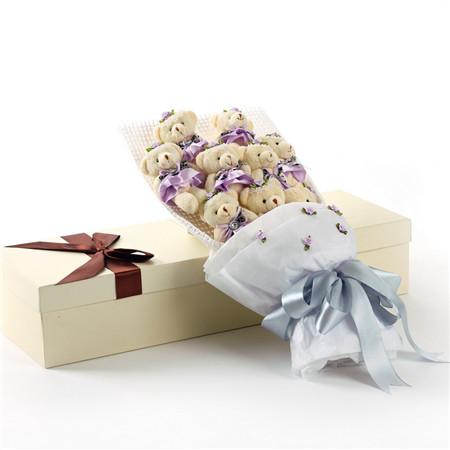 生日花篮                                                                                            鲜花网:紫色小熊花束9支礼盒