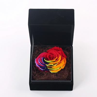 瑞安永生花:黑色礼盒 心形七彩玫瑰