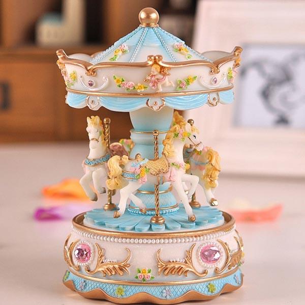 吉林省生日礼物:旋转木马音乐盒