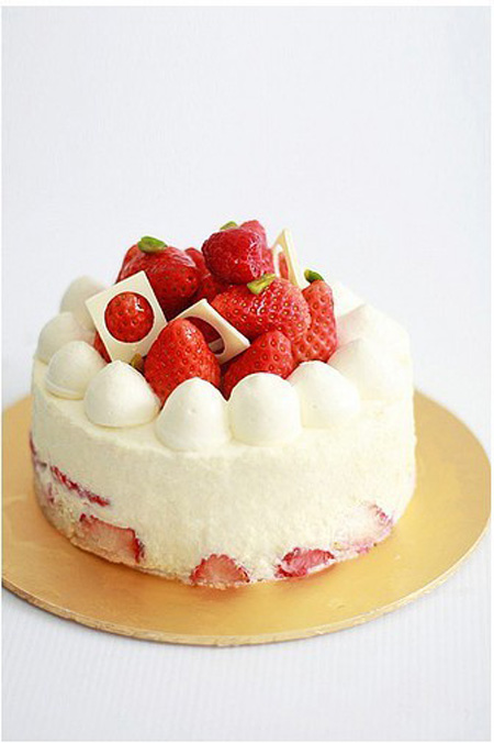 网红蛋糕                                                                                            鲜花网:草莓天天向上