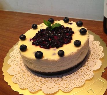 护士节礼物                                                                                          鲜花网:鲜奶蛋糕