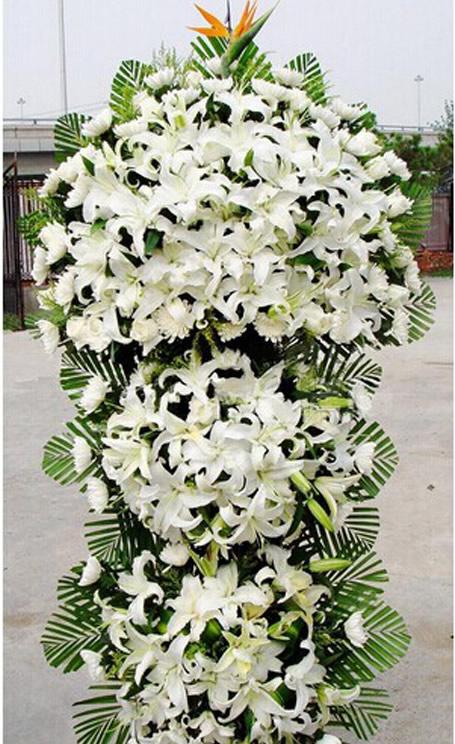 劳动节礼物                                                                                          鲜花网:深切缅怀